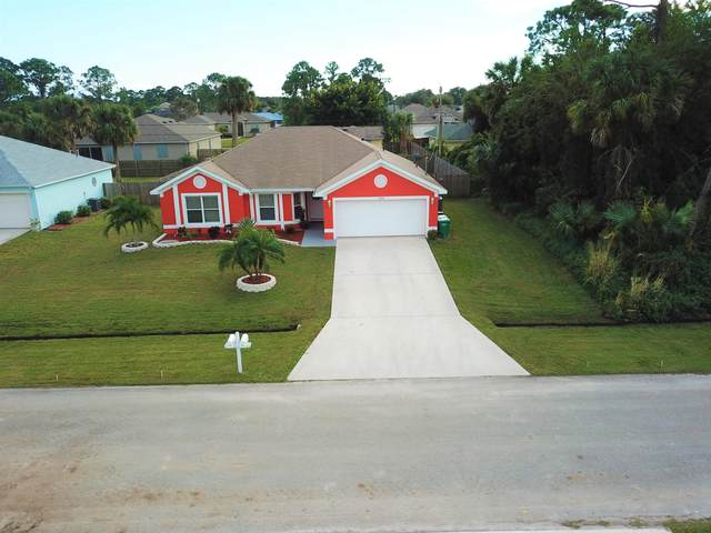 1060 SW Versailles Avenue, Port Saint Lucie, FL 34953 (MLS #RX-10677778) :: THE BANNON GROUP at RE/MAX CONSULTANTS REALTY I
