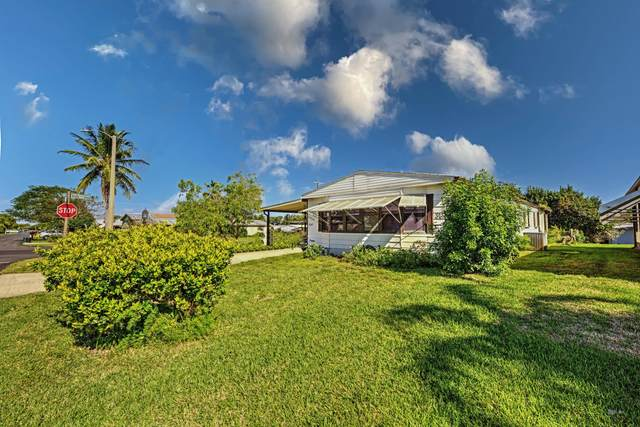 7645 SE Independence Avenue, Hobe Sound, FL 33455 (#RX-10677800) :: Posh Properties