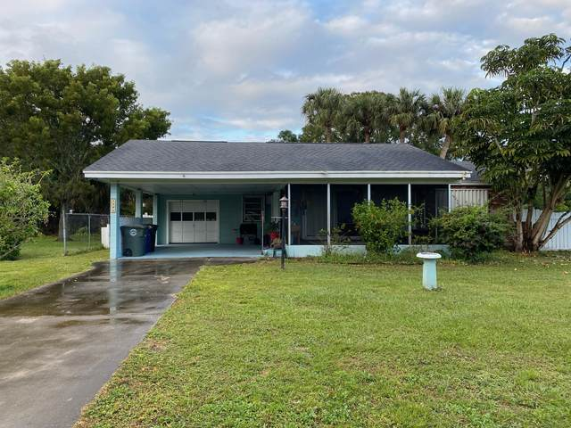 1208 York Avenue, Fort Pierce, FL 34982 (MLS #RX-10677974) :: Laurie Finkelstein Reader Team