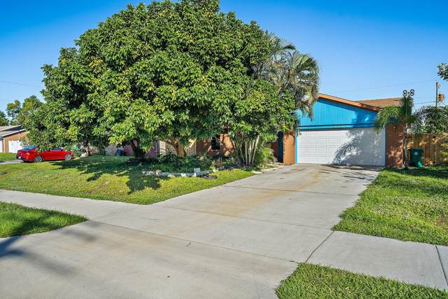 271 SW Oakridge Drive, Port Saint Lucie, FL 34984 (MLS #RX-10679569) :: THE BANNON GROUP at RE/MAX CONSULTANTS REALTY I