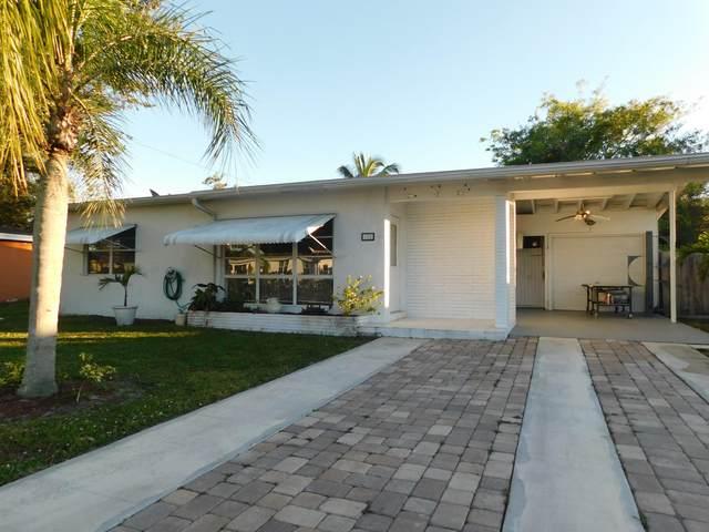 152 SE Prima Vista Boulevard, Port Saint Lucie, FL 34983 (MLS #RX-10679902) :: United Realty Group