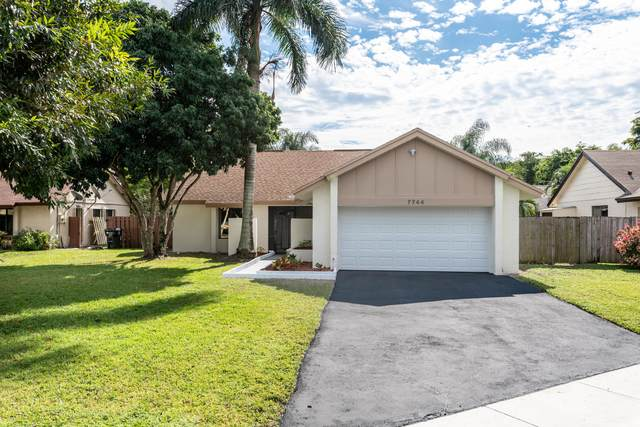 7744 Caoba Court, Lake Worth, FL 33467 (MLS #RX-10680651) :: Laurie Finkelstein Reader Team