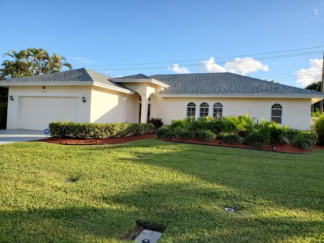 1056 SW 27th Place, Boynton Beach, FL 33426 (MLS #RX-10680740) :: Laurie Finkelstein Reader Team