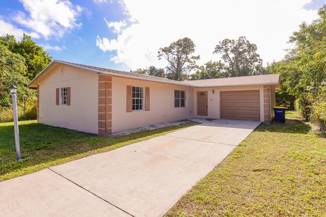 2005 Avienda Avenue, Fort Pierce, FL 34946 (MLS #RX-10681701) :: THE BANNON GROUP at RE/MAX CONSULTANTS REALTY I