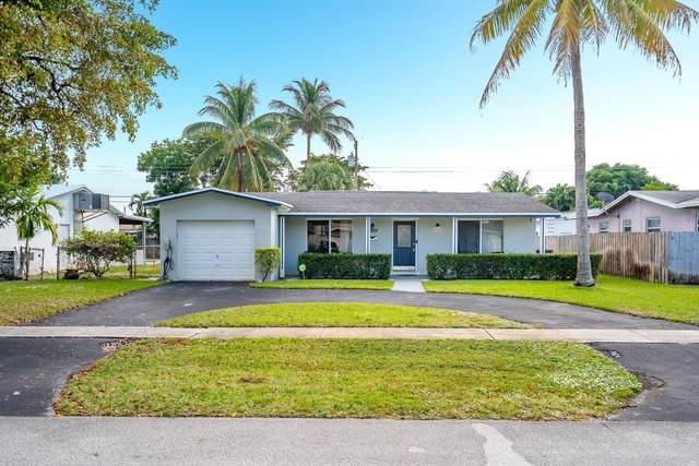 4524 Jackson Street, Hollywood, FL 33021 (MLS #RX-10681996) :: Laurie Finkelstein Reader Team