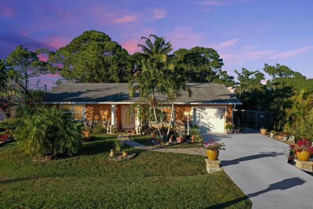 581 SE Thornhill Drive, Port Saint Lucie, FL 34983 (MLS #RX-10682246) :: THE BANNON GROUP at RE/MAX CONSULTANTS REALTY I