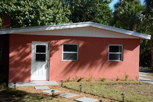 101 Ridge Place, Fort Pierce, FL 34982 (MLS #RX-10683241) :: Laurie Finkelstein Reader Team