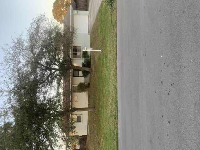 325 NE Glentry Avenue, Port Saint Lucie, FL 34983 (MLS #RX-10683267) :: Laurie Finkelstein Reader Team