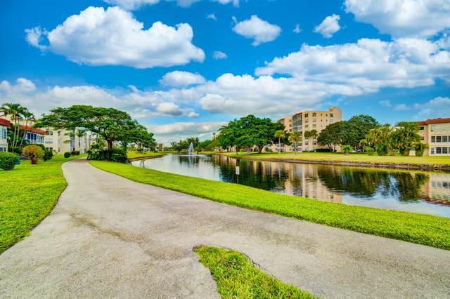 3 Abbey Lane #207, Delray Beach, FL 33446 (#RX-10683282) :: Posh Properties
