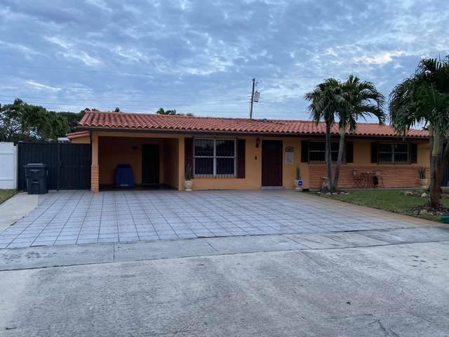2080 Bimini Drive, West Palm Beach, FL 33406 (#RX-10683678) :: Michael Kaufman Real Estate
