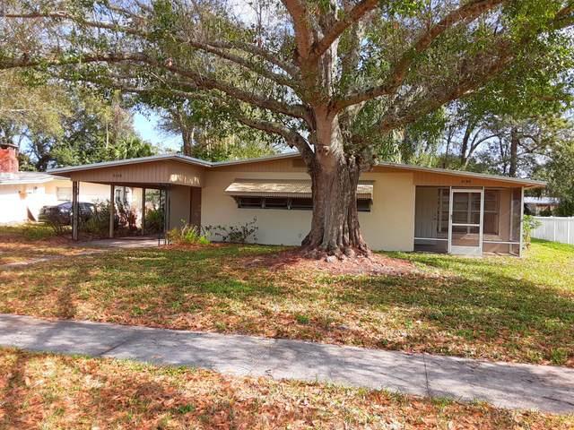 2120 36th Avenue, Vero Beach, FL 32960 (MLS #RX-10683782) :: Castelli Real Estate Services
