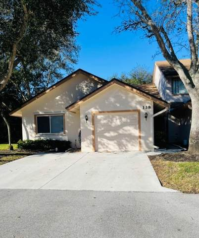 138 Paradise Crescent, Royal Palm Beach, FL 33411 (#RX-10684290) :: Ryan Jennings Group