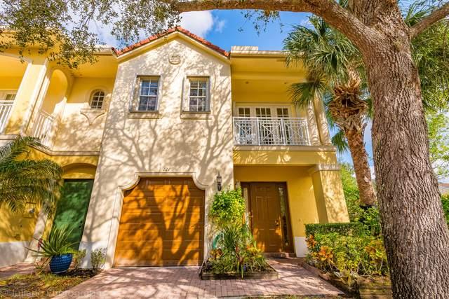 121 Via Aurelia, Royal Palm Beach, FL 33411 (#RX-10684358) :: Exit Realty Manes Group
