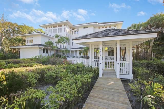 7737 SE Loblolly Bay Drive, Hobe Sound, FL 33455 (#RX-10684472) :: Baron Real Estate