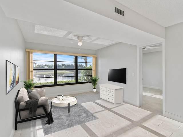 36 Plantation Drive #103, Vero Beach, FL 32966 (MLS #RX-10684493) :: Castelli Real Estate Services