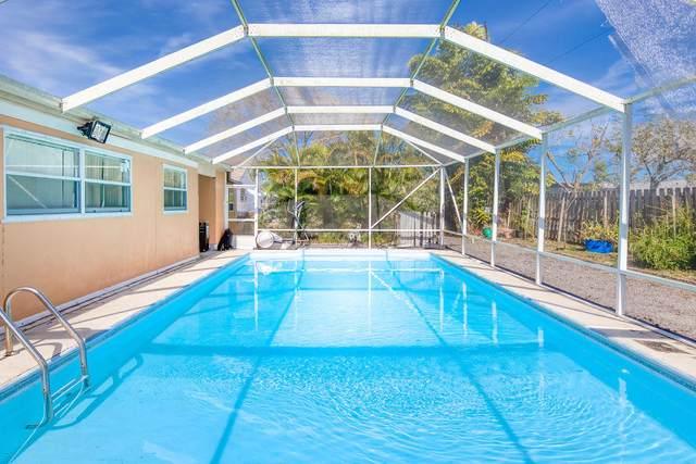 2015 SE Franciscan Street, Port Saint Lucie, FL 34983 (#RX-10684984) :: Exit Realty Manes Group