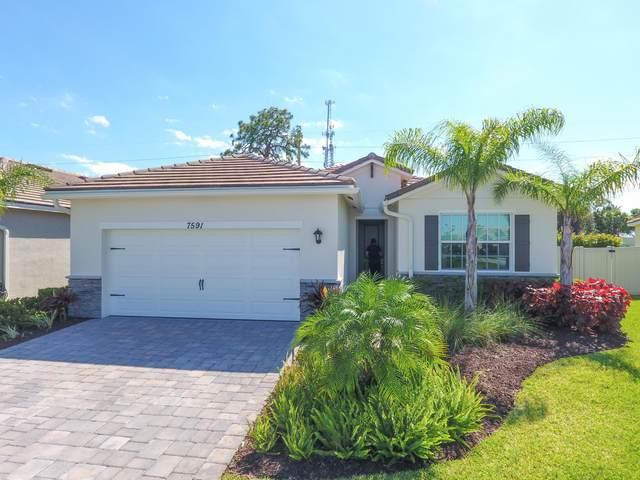 7591 SW Harbor Cove Drive, Stuart, FL 34997 (#RX-10685014) :: The Rizzuto Woodman Team
