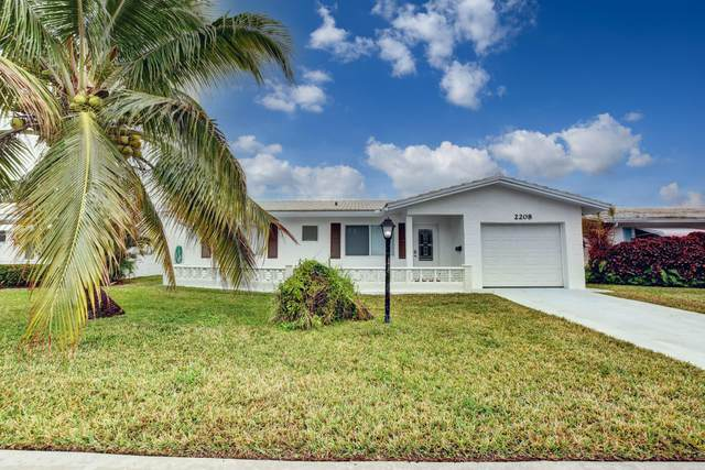 2208 SW 19th Avenue, Boynton Beach, FL 33426 (#RX-10685131) :: Signature International Real Estate
