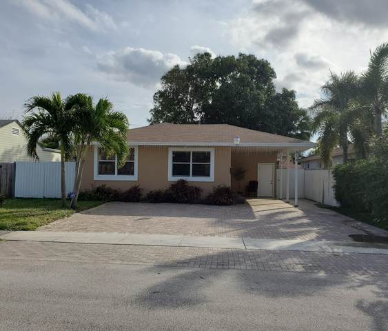 814 Hunter Street, West Palm Beach, FL 33405 (#RX-10685278) :: Signature International Real Estate