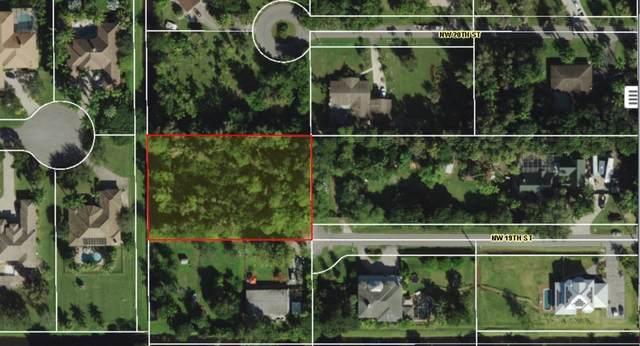 19 NW 19 Street, Plantation, FL 33323 (MLS #RX-10685295) :: Miami Villa Group