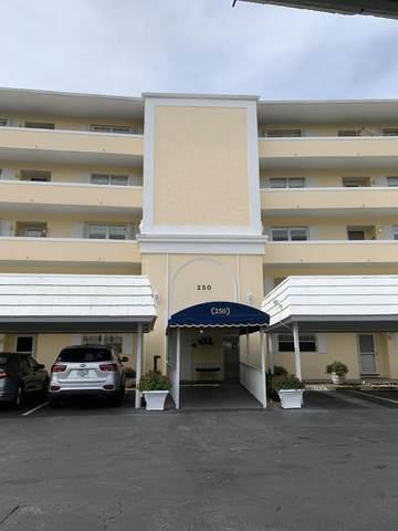 250 John F Kennedy Drive #302, Atlantis, FL 33462 (MLS #RX-10685524) :: Berkshire Hathaway HomeServices EWM Realty