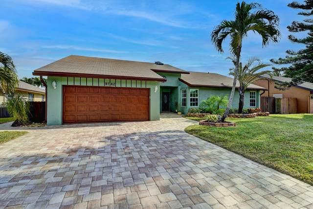 9742 Richmond Circle, Boca Raton, FL 33434 (MLS #RX-10685557) :: Castelli Real Estate Services