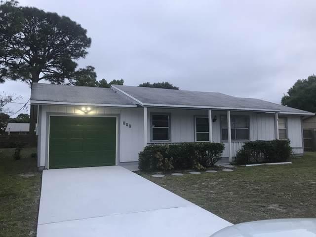 224 SE Twig Avenue, Port Saint Lucie, FL 34983 (MLS #RX-10685656) :: Laurie Finkelstein Reader Team