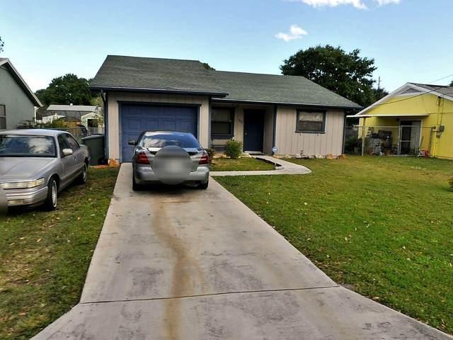 1808 S 28th Street, Fort Pierce, FL 34947 (#RX-10685734) :: The Reynolds Team | Compass