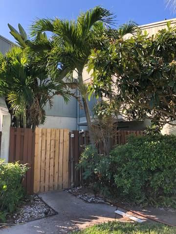 23 Crossings Circle A, Boynton Beach, FL 33435 (MLS #RX-10685840) :: Berkshire Hathaway HomeServices EWM Realty