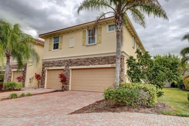 9517 SW Purple Martin Way, Stuart, FL 34997 (#RX-10685973) :: Treasure Property Group