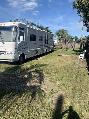 410 Parkway Drive, Fort Pierce, FL 34950 (#RX-10686167) :: Treasure Property Group