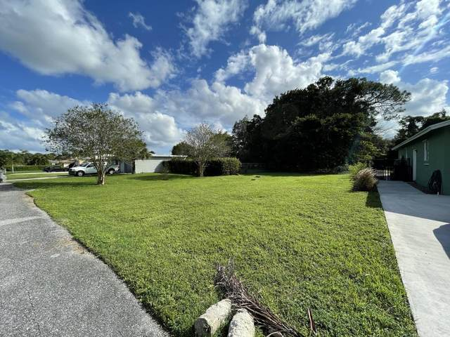 5122 Lake Boulevard, Delray Beach, FL 33484 (MLS #RX-10686291) :: Berkshire Hathaway HomeServices EWM Realty