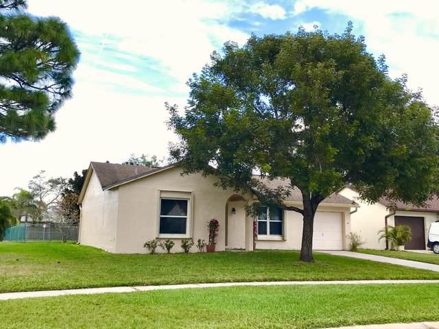 105 Lakeside Circle, Jupiter, FL 33458 (MLS #RX-10686464) :: Berkshire Hathaway HomeServices EWM Realty