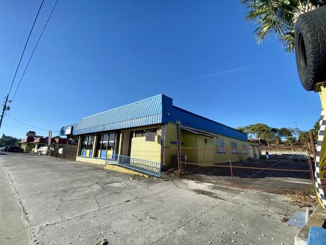 919 N Us Highway 1, Fort Pierce, FL 34950 (#RX-10686513) :: Exit Realty Manes Group