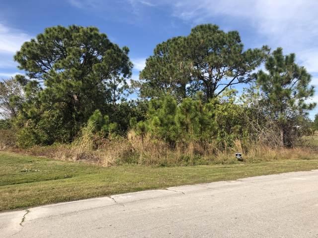 523 SW Leona Drive, Port Saint Lucie, FL 34953 (MLS #RX-10686796) :: Berkshire Hathaway HomeServices EWM Realty