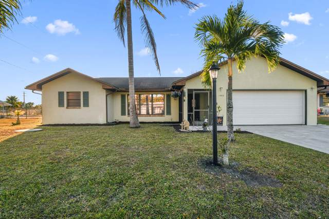 1582 SE Ladner Street, Port Saint Lucie, FL 34983 (#RX-10686859) :: The Rizzuto Woodman Team