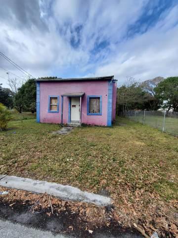 435 N 11th Street, Fort Pierce, FL 34950 (#RX-10686999) :: The Reynolds Team/ONE Sotheby's International Realty
