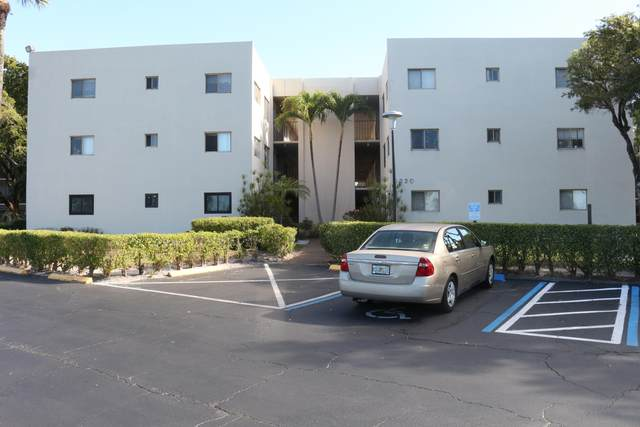 5220 Las Verdes Circle #102, Delray Beach, FL 33484 (#RX-10687449) :: Signature International Real Estate