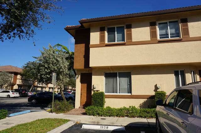 1958 Hibiscus Lane, Riviera Beach, FL 33404 (MLS #RX-10687467) :: Castelli Real Estate Services
