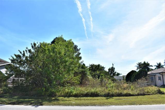 2496 SE Sapelo Avenue, Port Saint Lucie, FL 34952 (#RX-10687590) :: Realty One Group ENGAGE