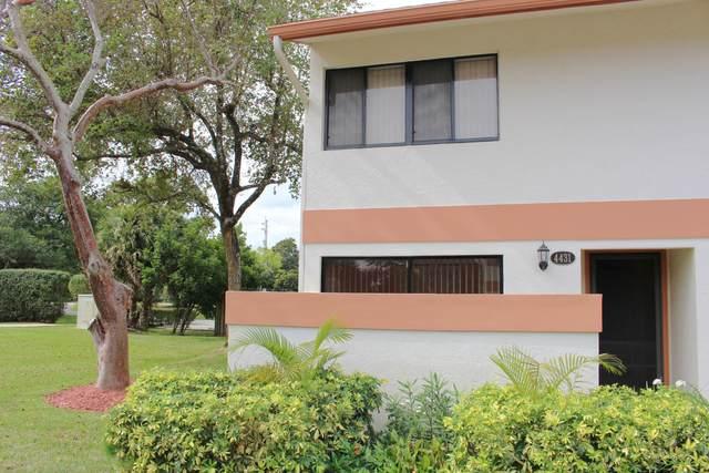 4431 SW 70th Terrace, Davie, FL 33314 (MLS #RX-10687596) :: Castelli Real Estate Services