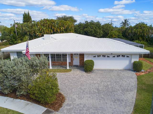949 SW 12th Street, Boca Raton, FL 33486 (MLS #RX-10687687) :: Castelli Real Estate Services