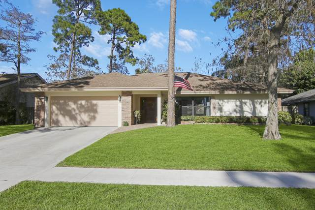 14225 Snowberry Drive, Wellington, FL 33414 (#RX-10689808) :: The Power of 2 | Century 21 Tenace Realty