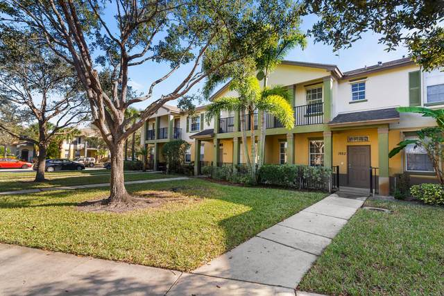 1882 SE Grand Drive, Port Saint Lucie, FL 34952 (#RX-10691527) :: The Power of 2 | Century 21 Tenace Realty