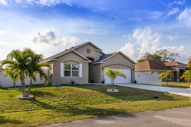 902 SE Proctor Lane, Port Saint Lucie, FL 34983 (MLS #RX-10692486) :: United Realty Group