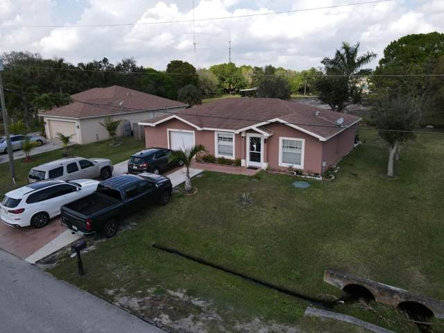 2233 SE Longhorn Avenue, Port Saint Lucie, FL 34952 (#RX-10692945) :: Realty One Group ENGAGE