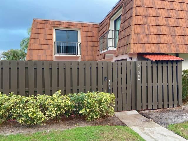 2128 White Pine Circle Apt A, Greenacres, FL 33415 (MLS #RX-10693173) :: Berkshire Hathaway HomeServices EWM Realty