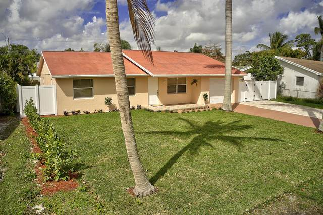 4201 Wilkinson Drive, Lake Worth, FL 33461 (#RX-10693785) :: Realty One Group ENGAGE