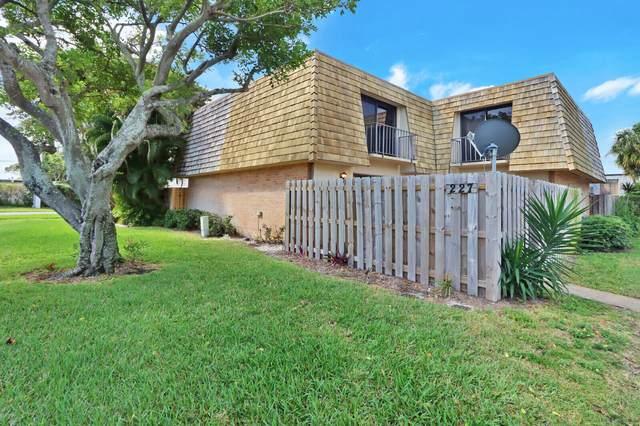 227 Lake Arbor Drive, Palm Springs, FL 33461 (MLS #RX-10694760) :: Berkshire Hathaway HomeServices EWM Realty