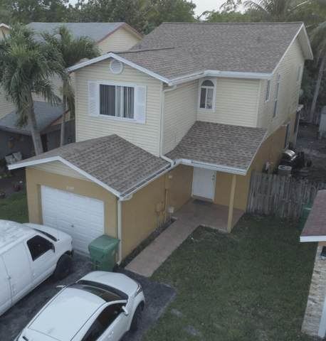 2105 NW 55th Terrace, Lauderhill, FL 33313 (MLS #RX-10694829) :: Castelli Real Estate Services